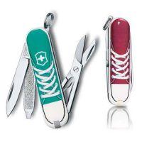 Складной нож Victorinox CLASSIC  Sneakers 0.6223.L1210